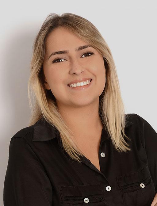 novotny-site-advogados-PAULA-MACEDO-cor